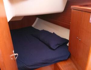 camarote velero Dufour 385